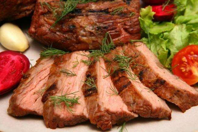 Говядина, запеченная в духовке - «Блюда из мяса»