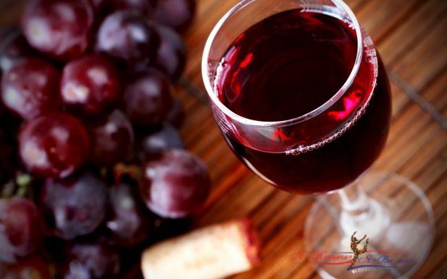 Красное вино способствует похудению