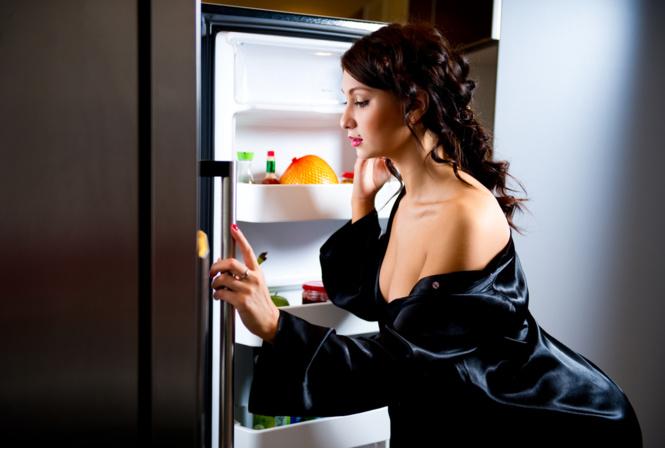 Умный холодильник сам зашел на Pornhub!