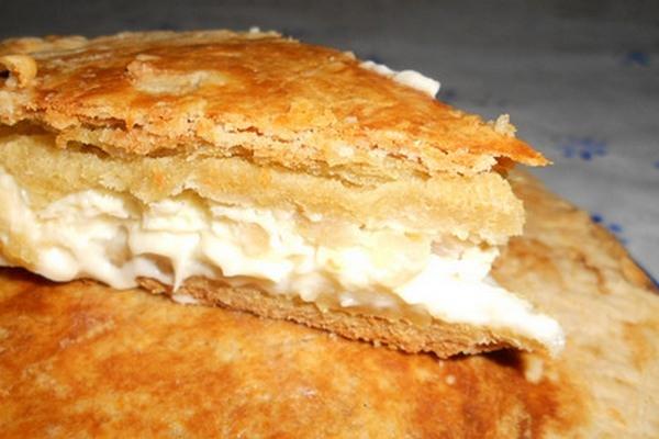 Простой пирог с плавленым сыром - «Закуски»