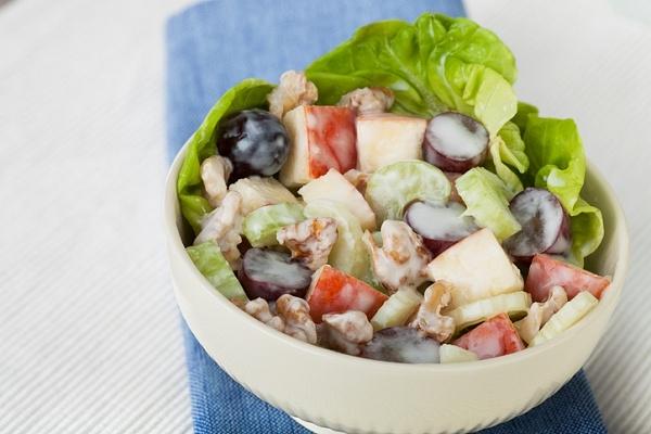 Вальдорфский салат - «Закуски»