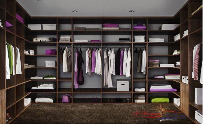 Как выбрать дверь в гардеробную