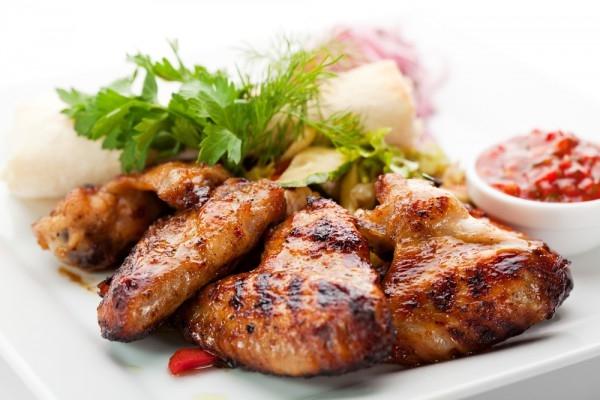 Ароматные куриные крылышки на гриле - «Второе блюдо»