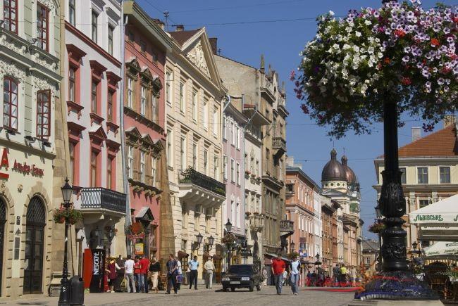 Львов оказался самым дешевым для туристов городом мира