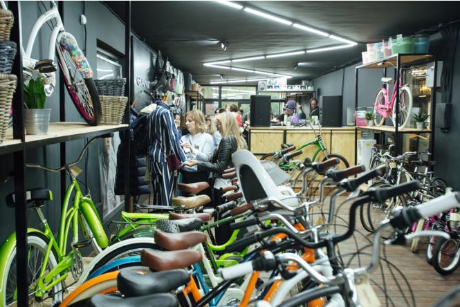 Велолето с Gant и Electra: совместное мероприятие брендов в Artplay