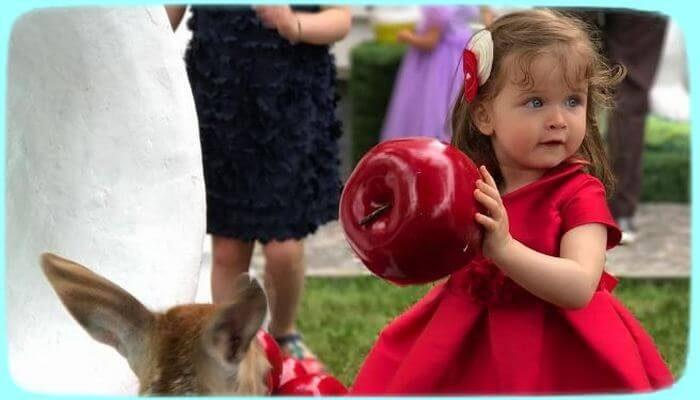 Ксения Бородина впервые показала лицо младшей дочери - «Шоу-Бизнес»