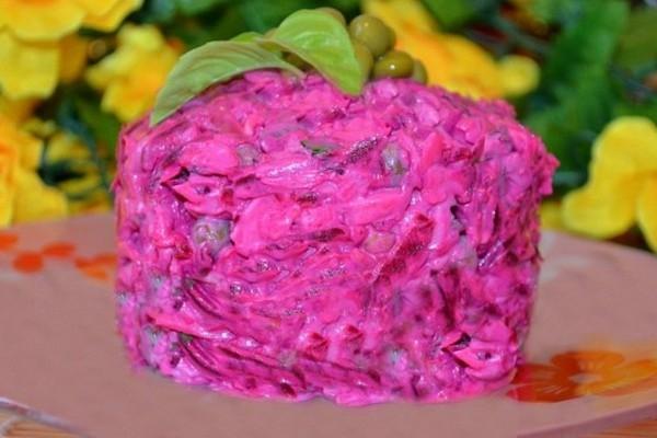 Салатик «Виолетта» с соленым огурцом - «Закуски»