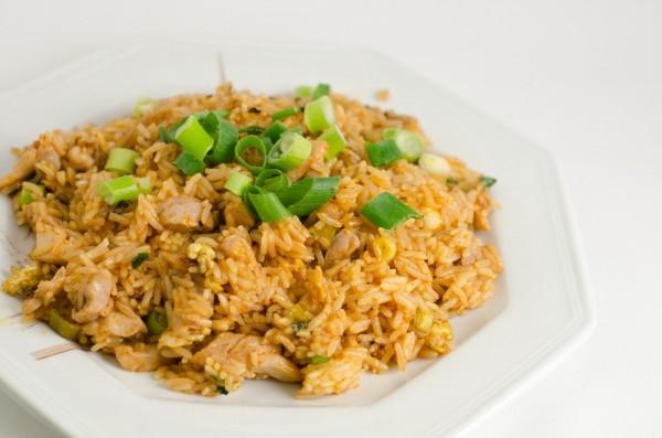 Жареный рис с курицей - «Второе блюдо»