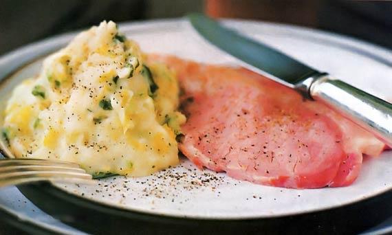 Свинина с мятым картофелем - «Второе блюдо»