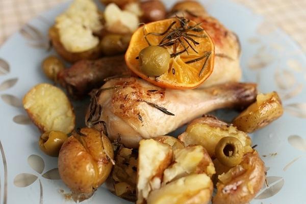 Средиземноморская курица, запеченная с картофелем - «Второе блюдо»