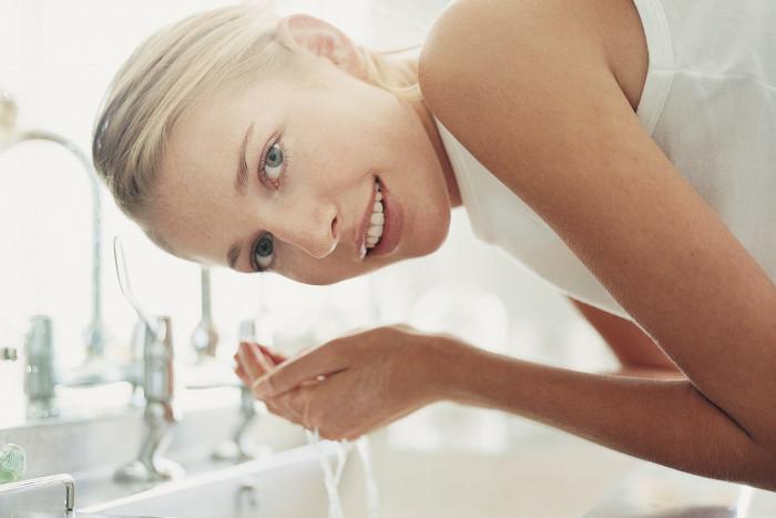 Как улучшить кожу при помощи обычной воды: 3 секрета - «Уход»