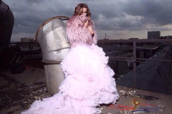 Айза Анохина в розовом платье превратилась в пирожное - «Красота»