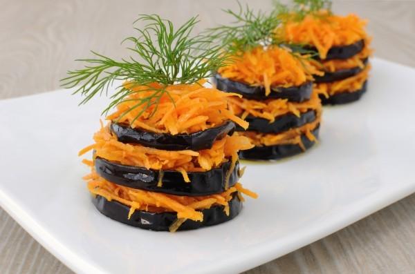 Жареные баклажаны с морковью - «Закуски»