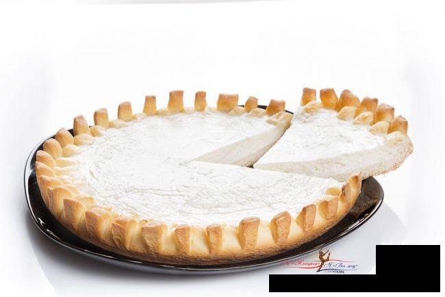 Домашняя выпечка: самый простой и вкусный пирог в мире