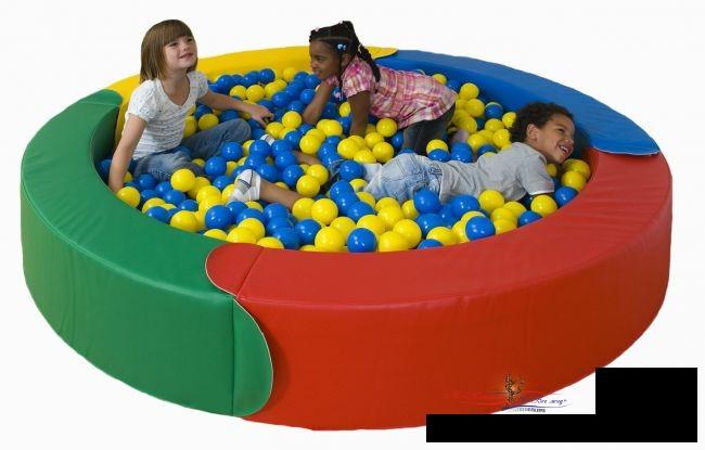 Сухие бассейны: подарите ребенку незабываемую радость