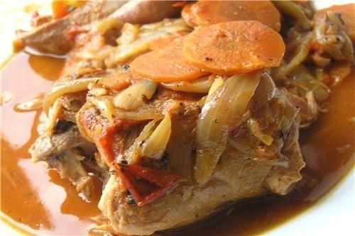 Кролик в мультиварке по-деревенски - «Блюда из мяса»