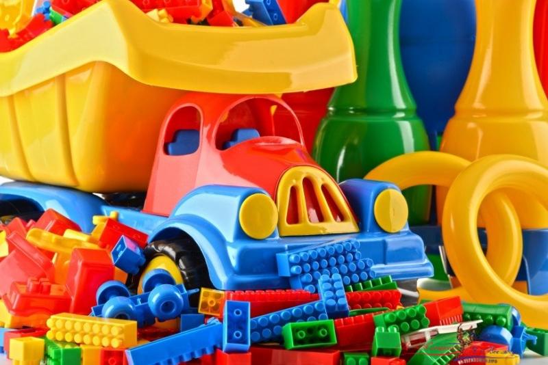 Диабет, ожирение — чем еще угрожают контрафактные игрушки детям? - «Дети»