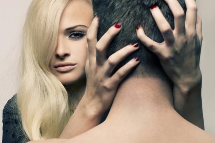 «Я – любовница»: 3 необычные причины, почему девушки живут с женатыми мужчинами - «Семейные отношения»
