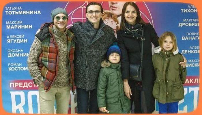 Сергей Безруков впервые вывел на публику внебрачных детей - «Шоу-Бизнес»