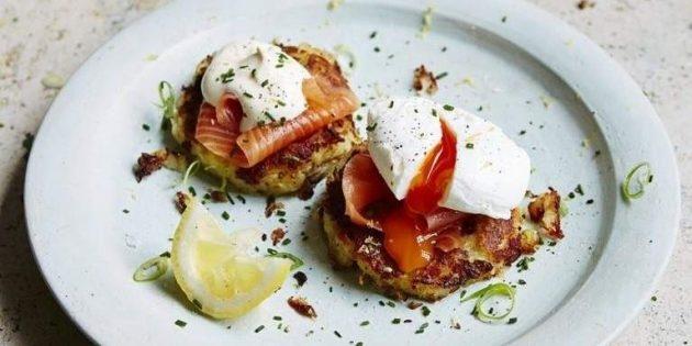 Картофельные оладьи с копчёным лососем - «Закуски»