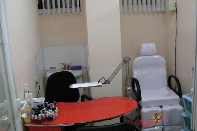 Как оборудовать маникюрный кабинет?