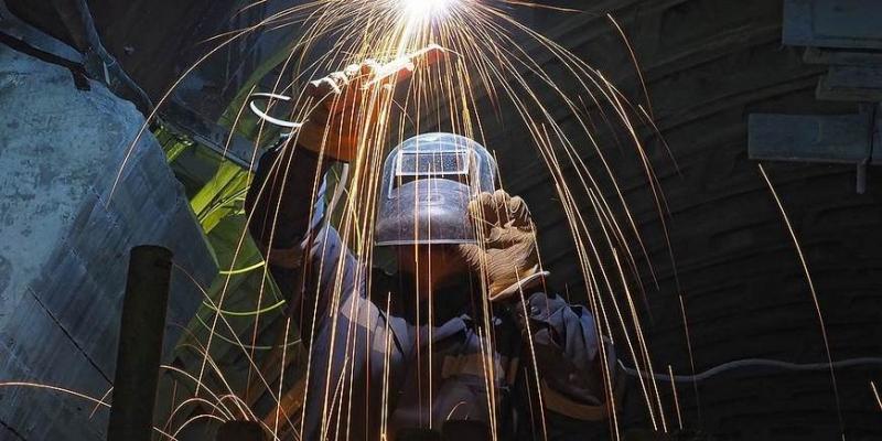 Рабочие места вместо зарплат - «Бизнес»