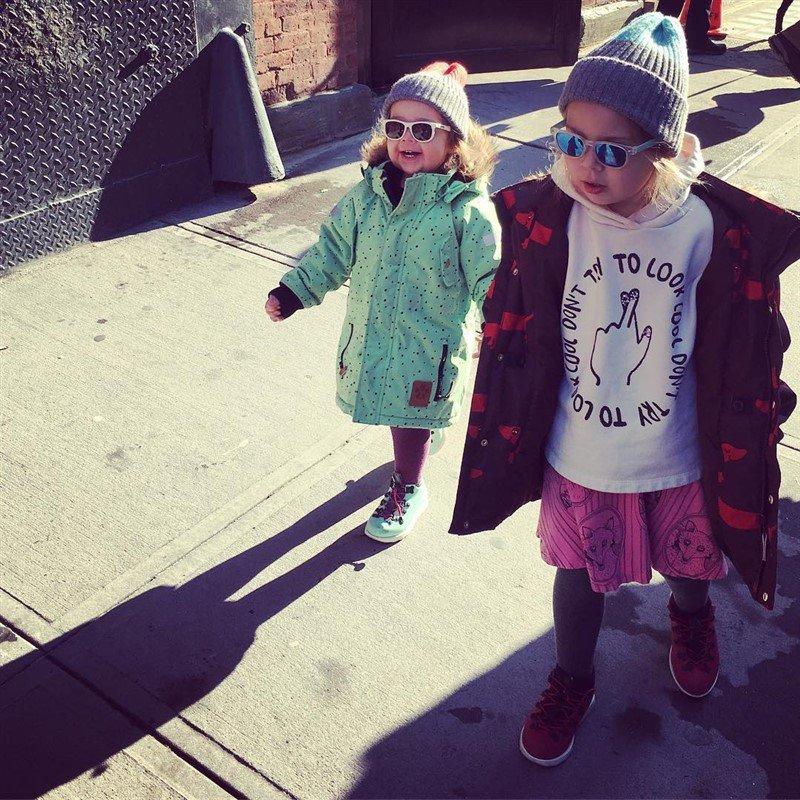 «Как буренки»: Ольга Шелест показала своих дочек с сережками в носу - «Я и Дети»