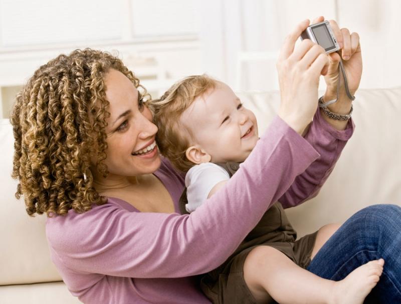 Почему вам трудно сидеть с ребенком? Просто вы экстраверт - «Семья»