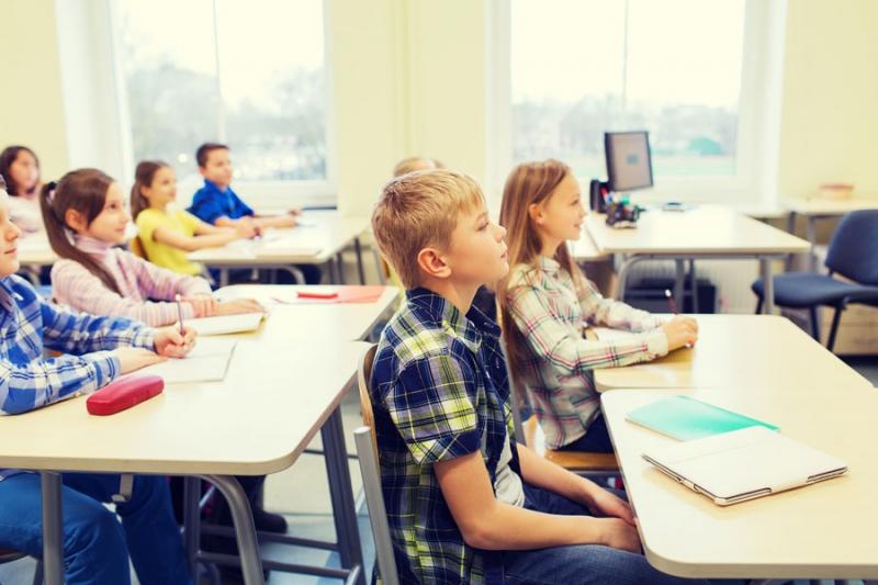 Ребенок плохо себя ведет в школе. Как разговаривать с учителем? - «Образование»