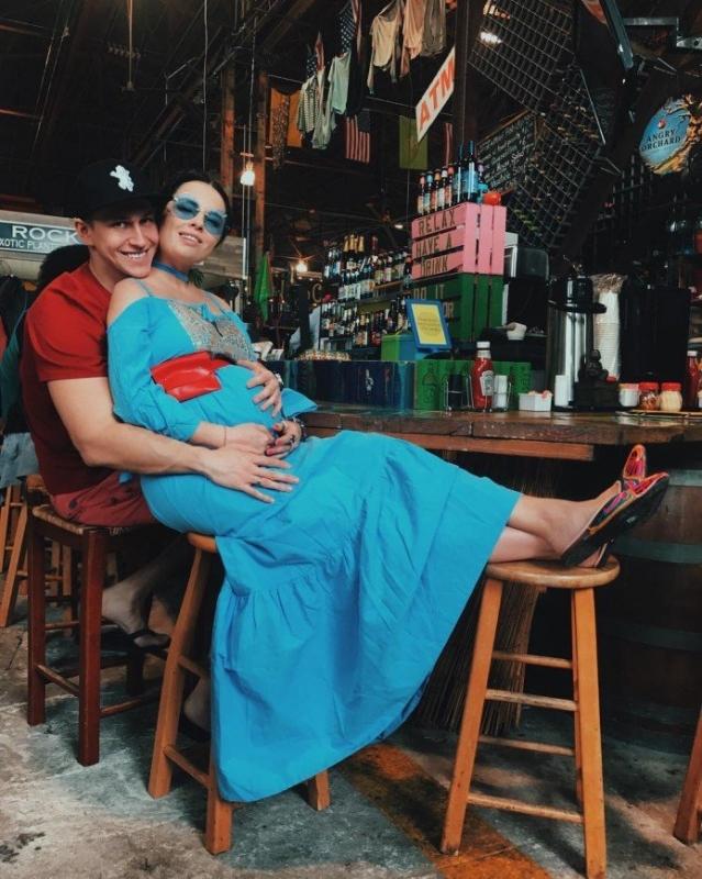 «Я не боюсь!»: Нелли Ермолаева готова к родам - «Беременность и роды»