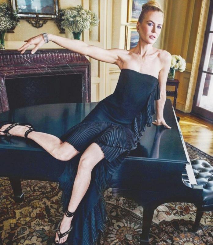 «Вот и раскрыт секрет ее красоты!»: Николь Кидман перекусила червяками - «Я и Кухня»