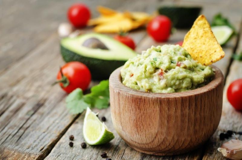Саша Зверева рассказала, как готовит гуакамоле - «Я и Кухня»