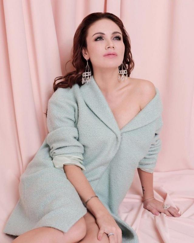 «Целых 20 лет молчала»: Ляйсан Утяшева вспомнила свою первую валентинку - «Домашние Питомцы»