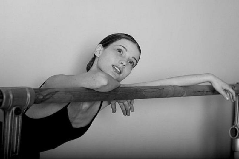 «Вот так сюрприз»: Светлана Иванова показала внушительных размеров живот - «Я и Дети»