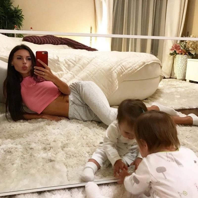 «Это невыносимые муки!»: Оксане Самойлова сложно просыпаться в 6 утра - «Психология»