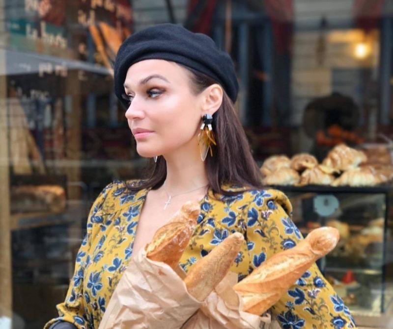 «Мне - яйца, ему - булочки»: Алена Водонаева рассказала о еде и отношениях с мужем - «Я и Кухня»