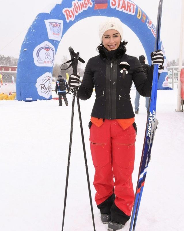 «Уступите даме лыжню!»: Тина Канделаки опробовала новый вид спорта - «Я и Здоровье»