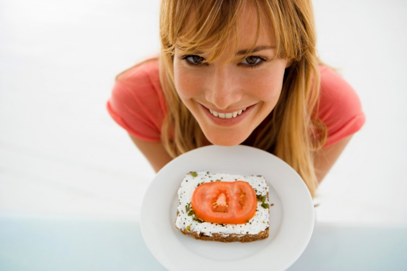 Не получается похудеть? Почему нельзя есть творог на ужин - «Красота и здоровье»