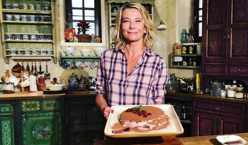 «Это видео вас не красит»: Юлия Высоцкая бурно отреагировала на критику блюда - «Я и Кухня»