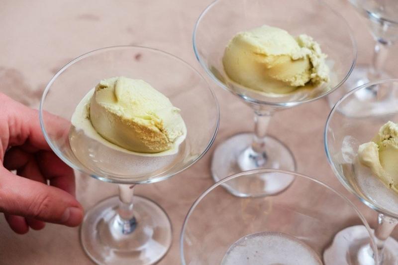 Пальчики оближешь: десерты с мороженым от известных шеф-поваров и звезд кино - «Я и Кухня»
