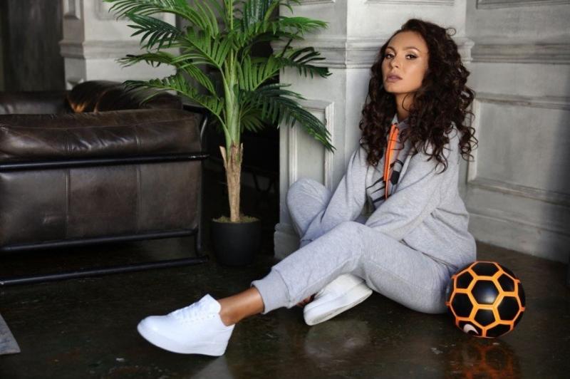 Инна Жиркова создала коллекцию спортивных костюмов к Чемпионату мира - «Домашние Питомцы»