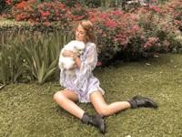 Жена Никиты Преснякова надела легкое платье с рокерскими ботинками - «Я как Звезда»