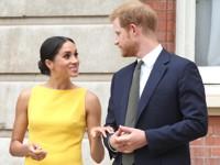 В моду вошел желтый цвет: как его носят королевские особы и первые леди - «Я и Мода»