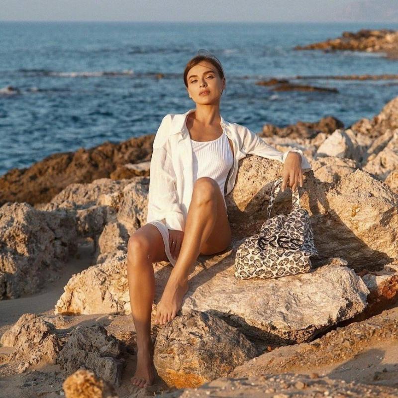 «Надо перестать есть ночами»: Елена Темникова прибавила 5 килограммов за лето - «Я и Здоровье»