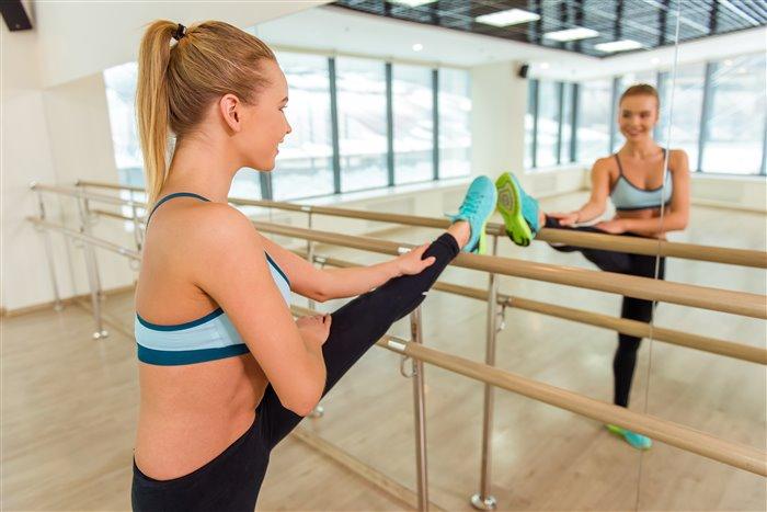 Как составить комплекс упражнений, чтобы сесть на шпагат - «Красота и здоровье»