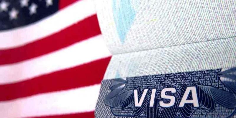 Как россияне мучаются с визами США - «Бизнес»