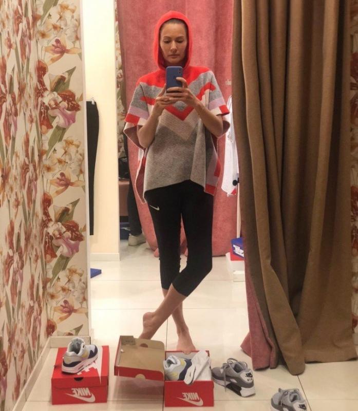Похудевшая Мария Кожевникова подбирает гардероб в детском отделе - «Красота»