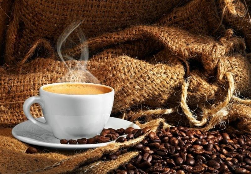 Шесть напитков, которые заряжают энергией и бодрят не хуже кофе - «Я и Здоровье»