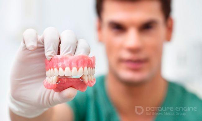 Протезирование зубов – индивидуальный подбор технологии, материалов, длительности процедур