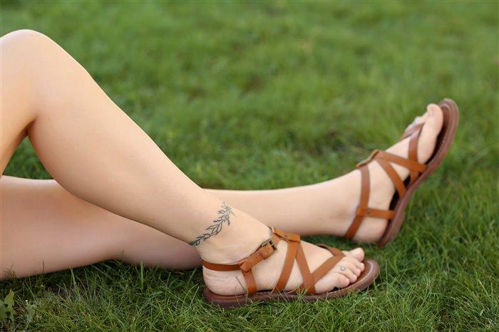 Какую татуировку выбрать девушке на ногу - «Красота и здоровье»